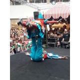 evento circense com mágico